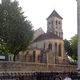 Церковь Сен-Пьер-де-Монмартр